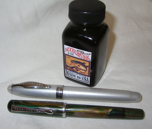 Noodler's Ahab's Pearl and Noodler's Konrad Fountain Pens
