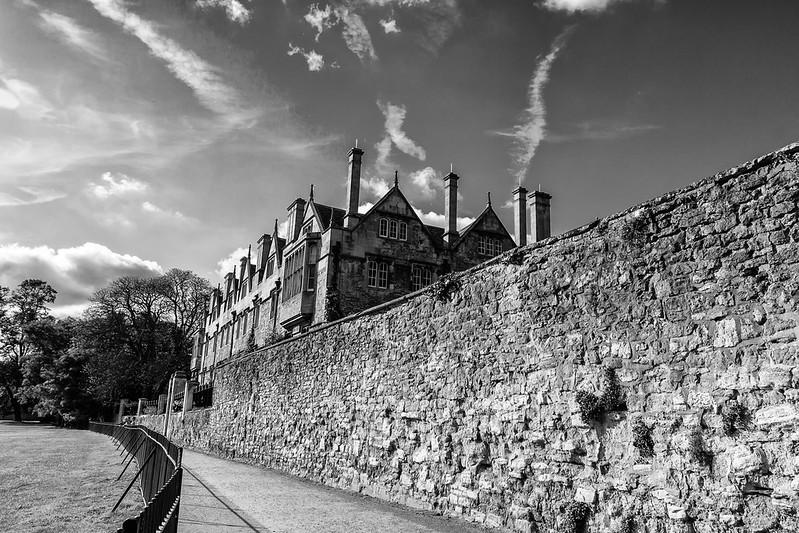 Merton College via Deadman's walk