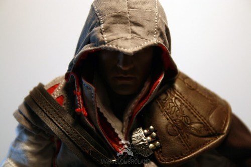 Hot Toys Assassin's Creed Ezio Auditore