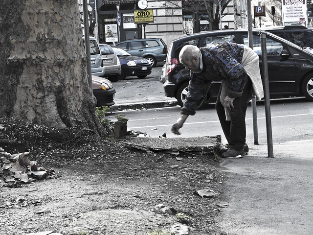 A_chi aiuta chi?... la forza della povertà...
