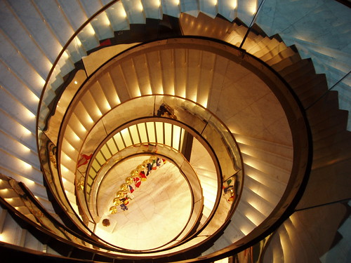 200710250017_Strasbourg-spiral-staircase