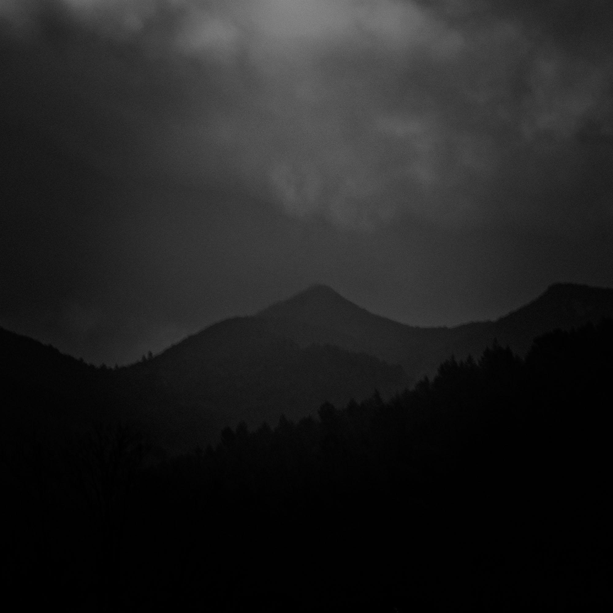 130317_darkhills_0645