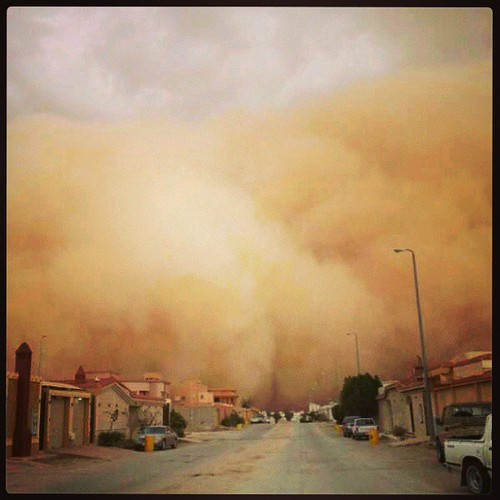 #Sandstorm in #Saudi_Arabia #now ,where here raining :) by Lau-Fung