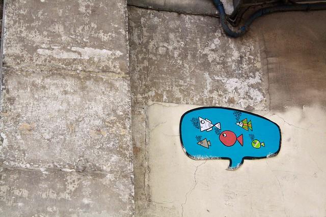 street art blue bubble paris