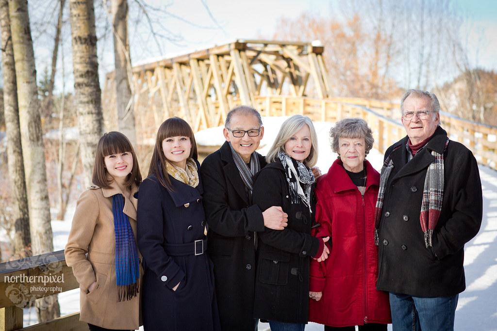 Winter Family Photos Cottonwood Island Park Prince George