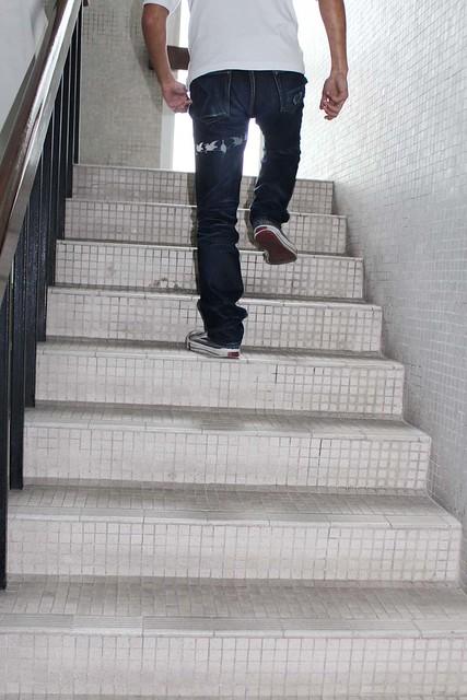 Eternal 883 running up stairs 2