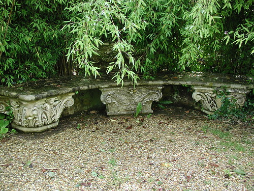 20020711_08_HH_bench