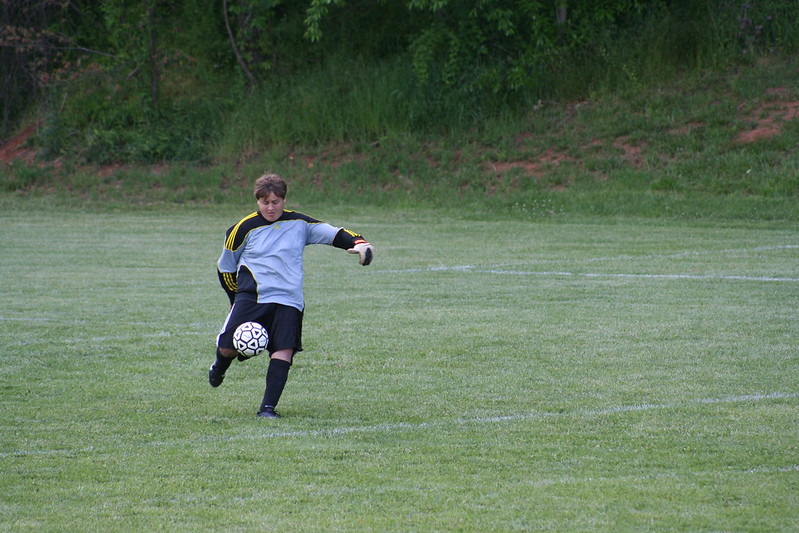 Mid kick photograph