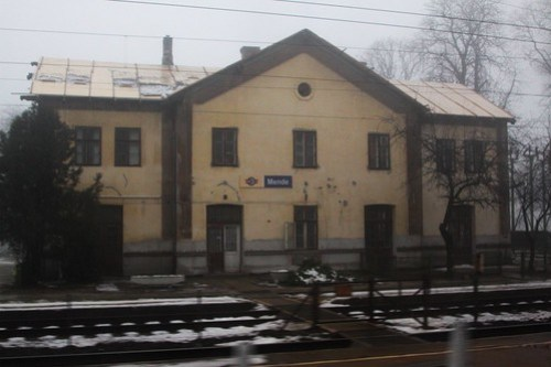 Speeding through Mende station in Hungary