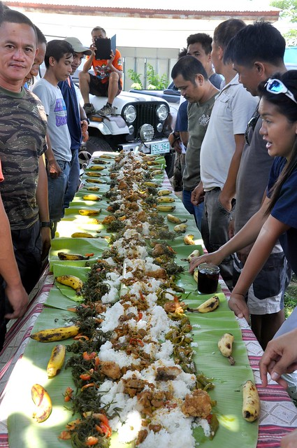 Boodle Fight (2)