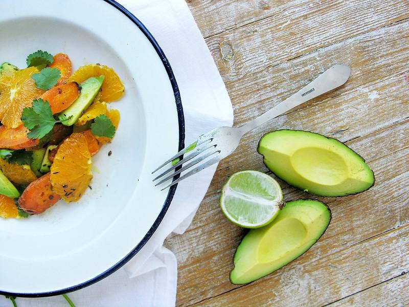 Carrot, avocado & orange spring salad / Salada primaveril de cenoura, abacate e laranja