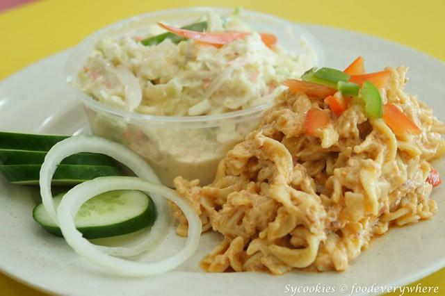 22.1coleslaw & 19.tuna and mayo pasta salad-chargrill express (1)