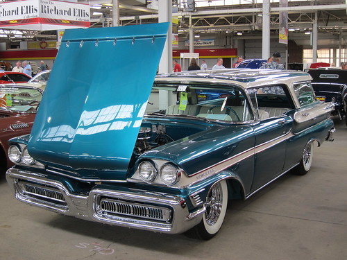 1958 Mercury Commuter a