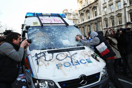 倫敦「暴動」的啟示