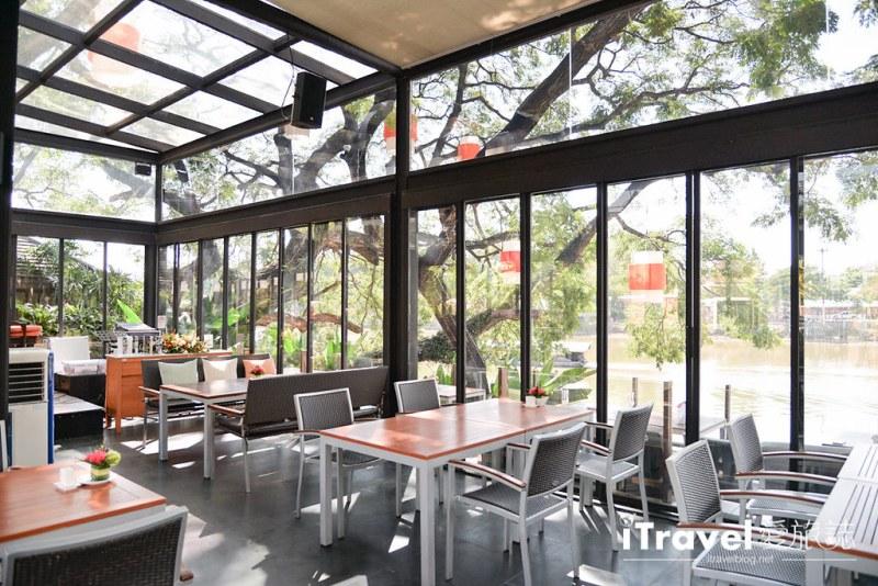 《清迈美食餐厅》Deck 1 Restaurant:河岸浪漫晚餐首选