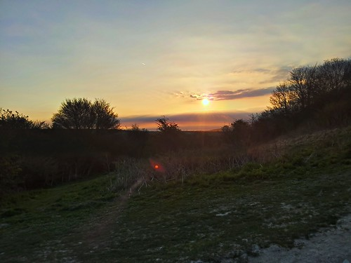sunrise on cissbury by South Downs MTB Skills