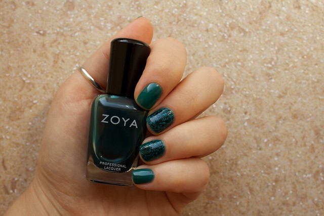 02 Zoya Frida