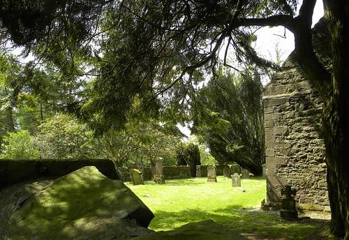 Innerpeffray Library - graveyard