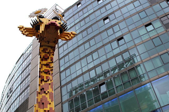 Giraffe made of lego
