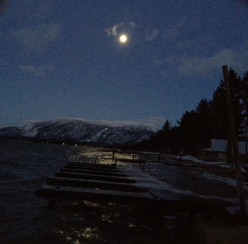 LakeTahoeByMoonlight