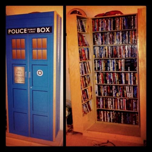 316: tardia DVD cabinet ftw.