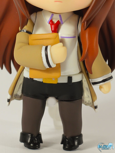 Kurisu's unique fashion
