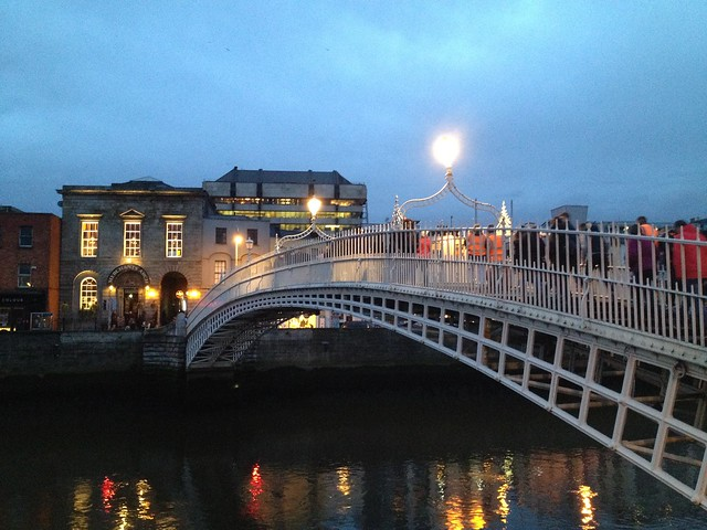 Ha'penny Bridge, Bachelors Walk