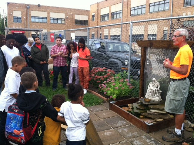 Chicago, IL Precious Bloog Ministry - Peace Circle CNV Action 2016 (1)