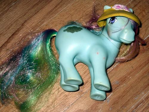 20120603 - yardsale booty - 9 - Rainbow Dash (sic) always dressss in style - IMG_4339