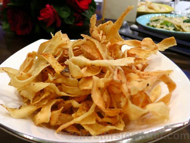 crispy sliced lappa (burdock)