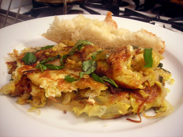 Sage and onion frittata, bread with extra-virgin olive oil