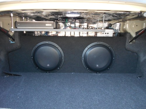 small resolution of jl bass knob and grills zenclosure box dual 10 audiocontrol lc2i loc custom amp rack jl 4 gauge amp kit jl 16 guage speaker wires jl rca cables