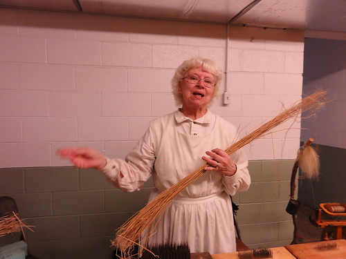 Flax to linen demonstration