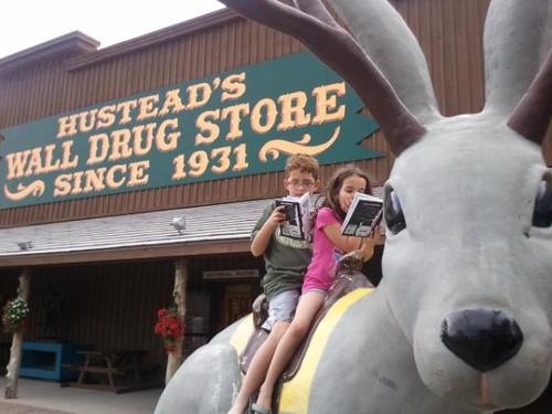 @krys_kelly.walldrug
