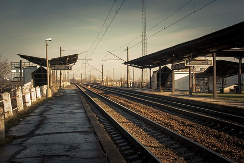 Alone in the Empty Station (Bratislava, Slovaquie) - Photo : Gilderic