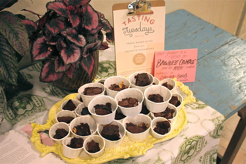 Tasting Tuesdays: Brownie Crumble
