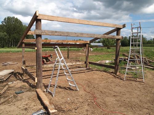 Construction du hangar : les échelles