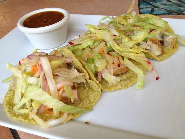 Tacos de pescado - Chilango