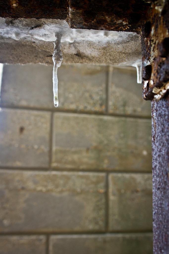 Paint stalactite