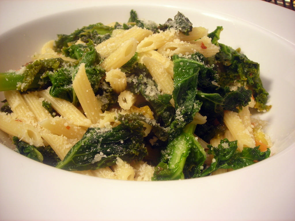 Penne with kale, heirloom tomatoes, garlic and lemon zest