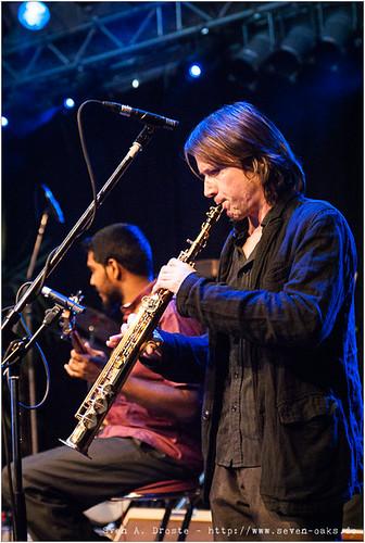 Naveen Napier Kumar & Oliver Fox / Karnatriix Global Ensemble