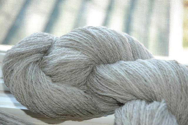 'dilbert' wool cormo/fdt 2 ply lace