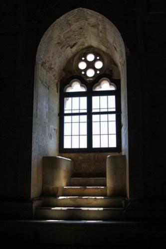 Ornate window in Castel del Monte, Puglia