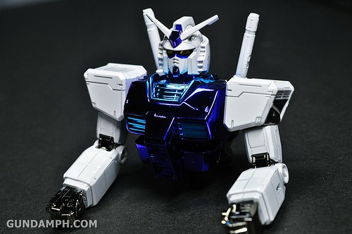 ANA RX-78-2 Gundam HG 144 G30th Limited Kit  OOTB Unboxing Review (51)