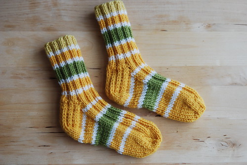 Ribbed Todder Socks