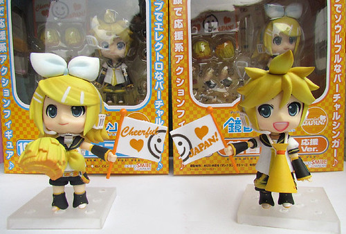Bootleg Nendoroid Kagamine Rin and Len (Cheerful version)