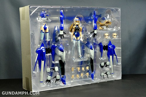 Armor Girls Project Cecilia Alcott Blue Tears Infinite Stratos Unboxing Review (15)