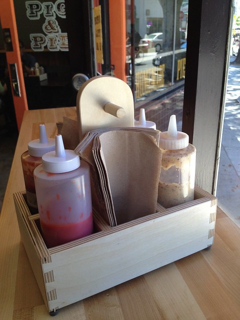 Condiments tote - Pig and Pie