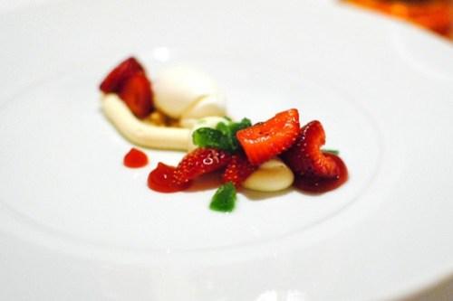 Harry's Berries Strawberries crème fraîche, buttermilk ice cream, basil granité