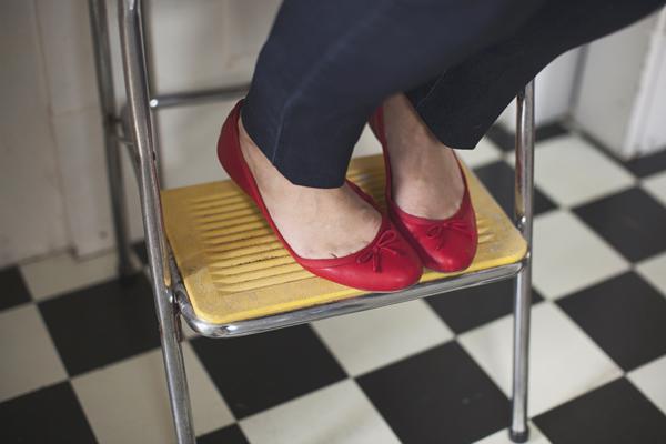 006_karen seifert cute feet richmond va